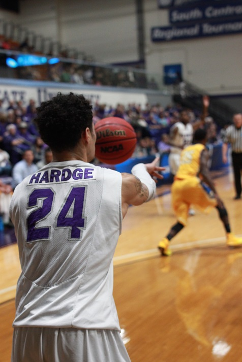 The Texans had 15 assist on 27 made baskets. Hardge led the team with four. Photo by Cameron Cook