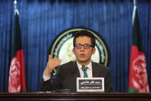 Zafar Hashemi, a deputy spokesman for Afghan President Ashraf Ghani, speaks during a press conference in Kabul, Afghanistan, Wednesday, July 29, 2015. An Afghan official said Wednesday his government is examining claims that reclusive Taliban leader Mullah Omar is dead. The Taliban could not be immediately reached on the government's comments about Omar, who has been declared dead many times before. (AP Photo/Rahmat Gul)